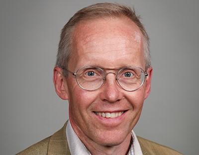 Juha-Pekka Halmeenmäki nimitettiin Vakuutuskeskuksen toimitusjohtajaksi syyskuun puolivälistälähtien.
