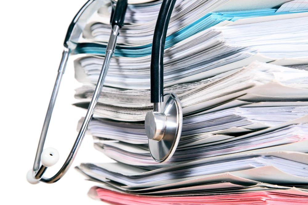 Asiakirjoja sähköistämällä prosessit nopeutuvat, tietojen hyödynnettävyys paranee, asiakirjat eivät häviä ja asiakkaiden yhdenvertaisuus paranee.