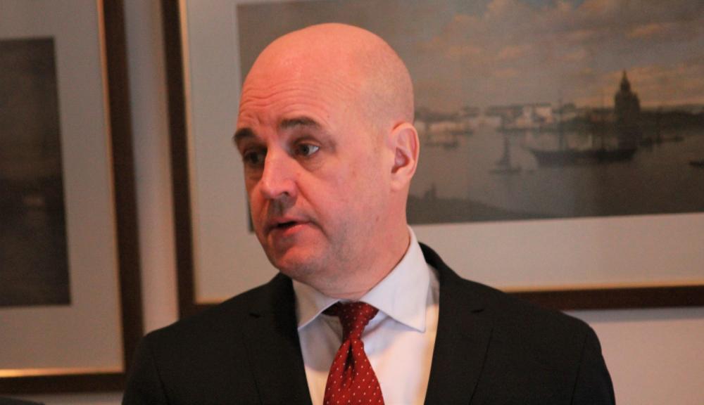 Fredrik Reinfeldt toivoo yksityisen sektorin lyövän kättä viranomaisten kanssa rikosten selvittämiseksi.