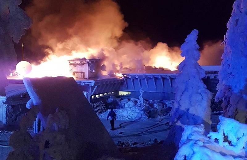 Pohjois-Pohjanmaalla sijaitseva hotelli Iso-Syöte kärsi mittavia vahinkoja tulipalossa joulukuussa 2018. Kuva: Juha Kuukasjärvi