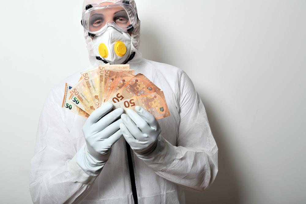 Finanssikriisin jälkeen pankeille on luotu suuri määrä uusia sääntöjä, joista valvoja on esittänyt tulkintansa. Nyt nämä säännöt tai tulkinnat voivat estää pankkeja toimimasta ripeästi.Kuva: Shutterstock.com.