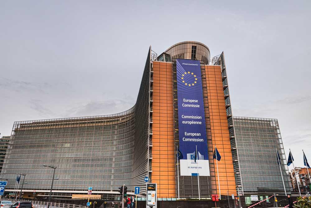 EU-komissio on julkistanut tuhdin paketin lähitulevaisuuden linjauksia. Kuva: Shutterstock.com