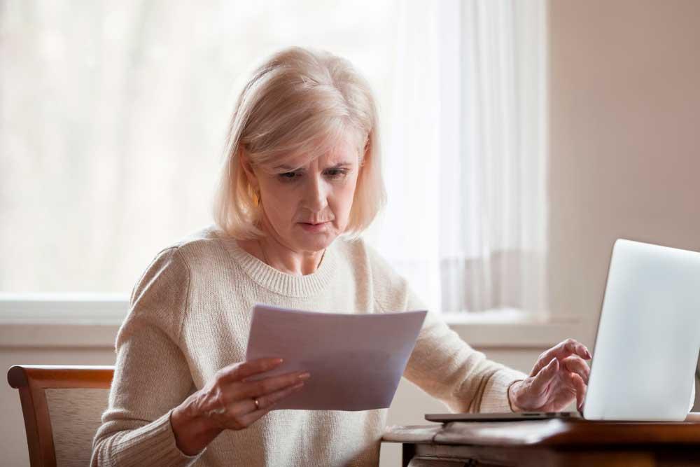 Lähes kolmannes vastaajista arvioi eläkemaksun todellisuutta pienemmäksi. Kuva: Shutterstock.com