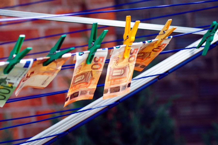 Rahanpesun kautta kulkee vuosittain jopa 5 prosenttia maailman bruttokansantuotteesta. Kuva: Shutterstock.com